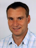 Dr. Philipp Robert Hoelzmann