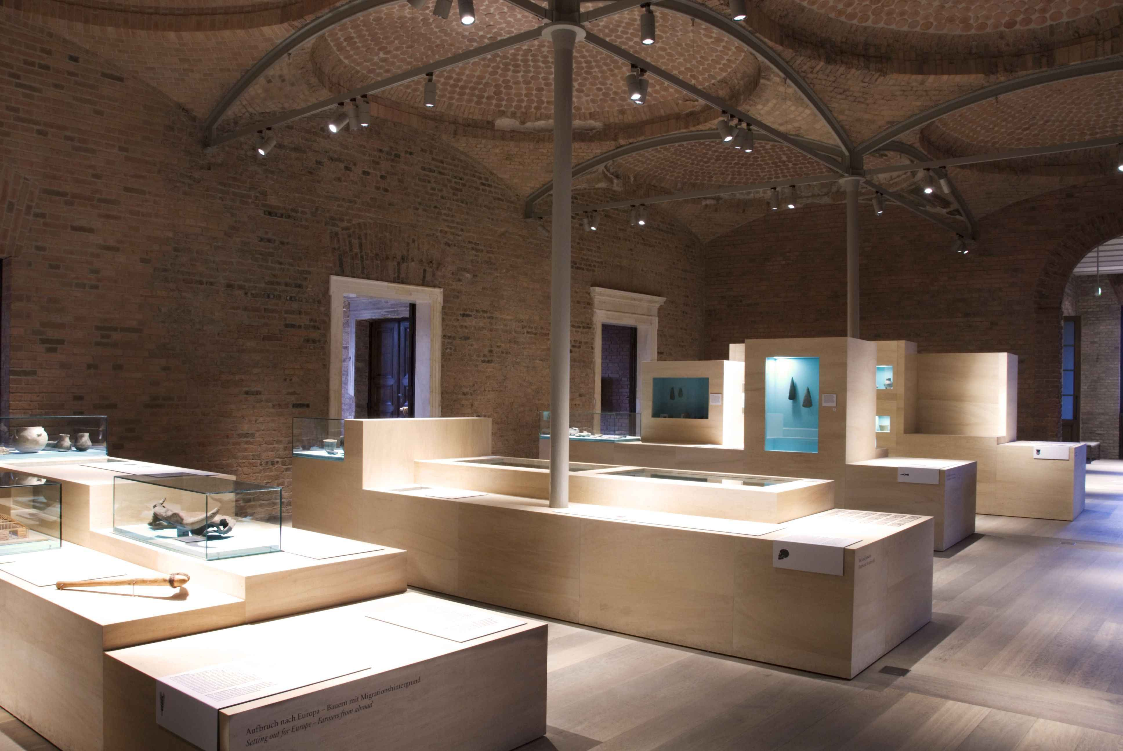The current temporary exhibition with wooden installations. Photo: C. Plamp