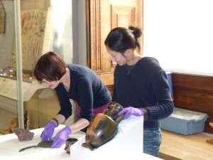 A 'Meet the Antiquities' session led by our conservators. © Fitzwilliam Museum, Cambridge