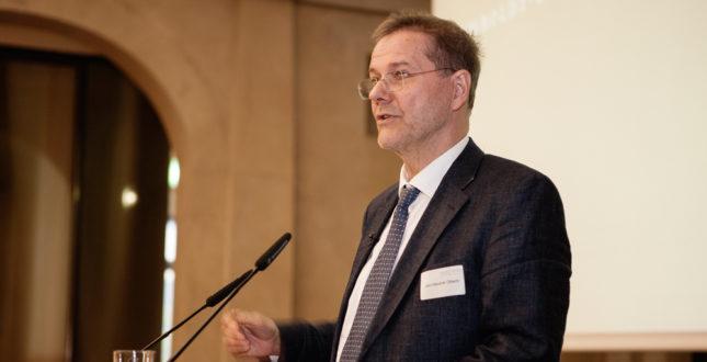 Jan-Hendrik Olbertz während einer Rede auf der Kick-off Veranstaltung Edition Topoi | Foto: Waldemar Brzezinski | © EXC Topoi