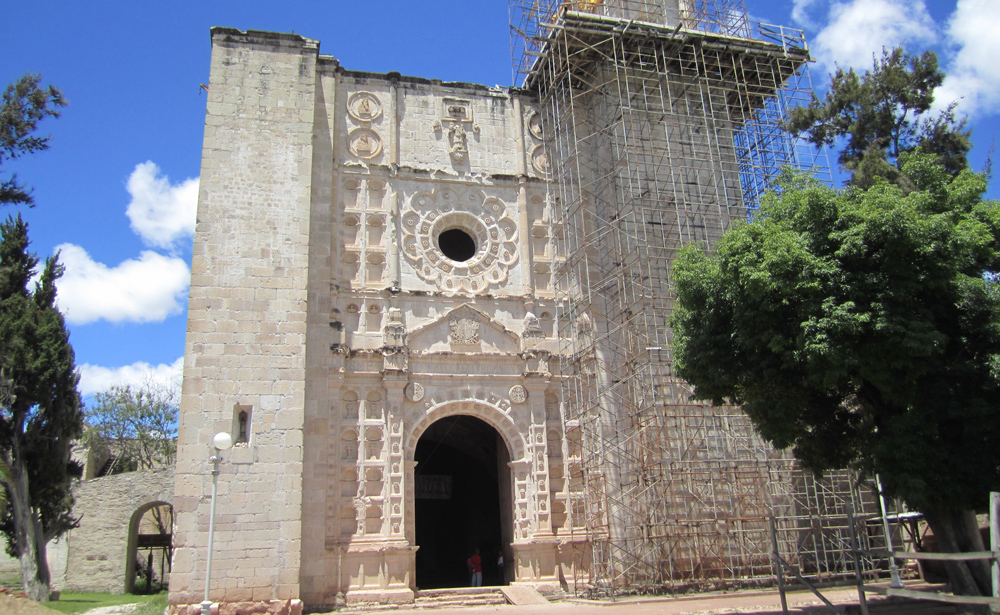 The church of San Juan Bautista Coixtlahuaca, Oaxaca. Depicted on the top left corner of the Lienzo Seler II | Photo: ©Monica Pacheco, 2013