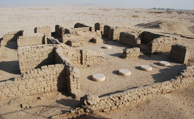 Amarna house O44.1 in the Main City North | Photo and ©Anna Hodgkinson