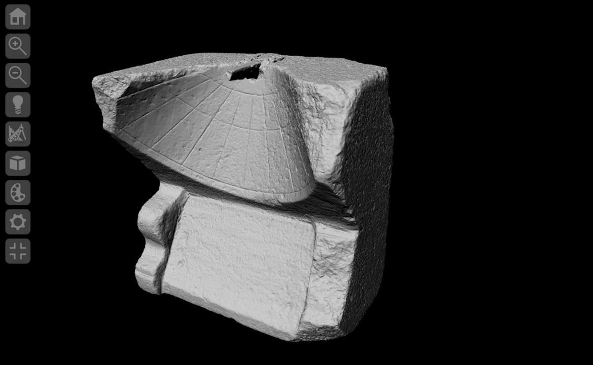 "3D-Model of the dialface | Source: Dialface ID 124, Edition Topoi, Collection ""Ancient Sundials"", DOI: 10.17171/1-1-1280 | CC BY NC-SA 3.0 DE"