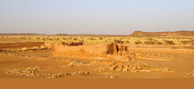 Temple 300 of the Great Enclosure in the semi desert environment of Musawwarat es-Sufra/Sudan | photo/copyright: Thomas Scheibner