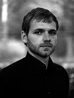 Dr. Daniel Knitter
