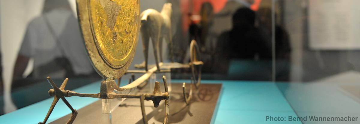 Bronzezeitlicher Wagen; Photo: Bernd Wannemacher; © Topoi